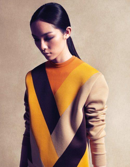 "Lilogi.com - inspiration image, ""Geo-graphic"" week, Geometric pattern, geometric fashion, women's fashion, color-blocking"