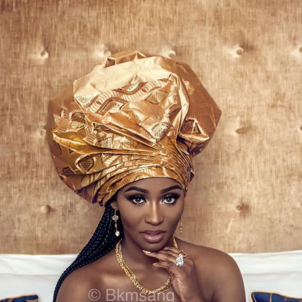 itsafricaninspired:    Photography by: @clichebreedStyling by : Malicka SangModel: @bkmsang Creative Director : Malicka Sang      Stunning