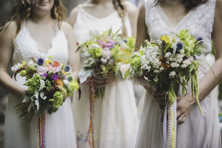 Chic Bohemian wedding bouquets | fabmood.com #bohemianwedding #bridalstyle #weddingbouquets