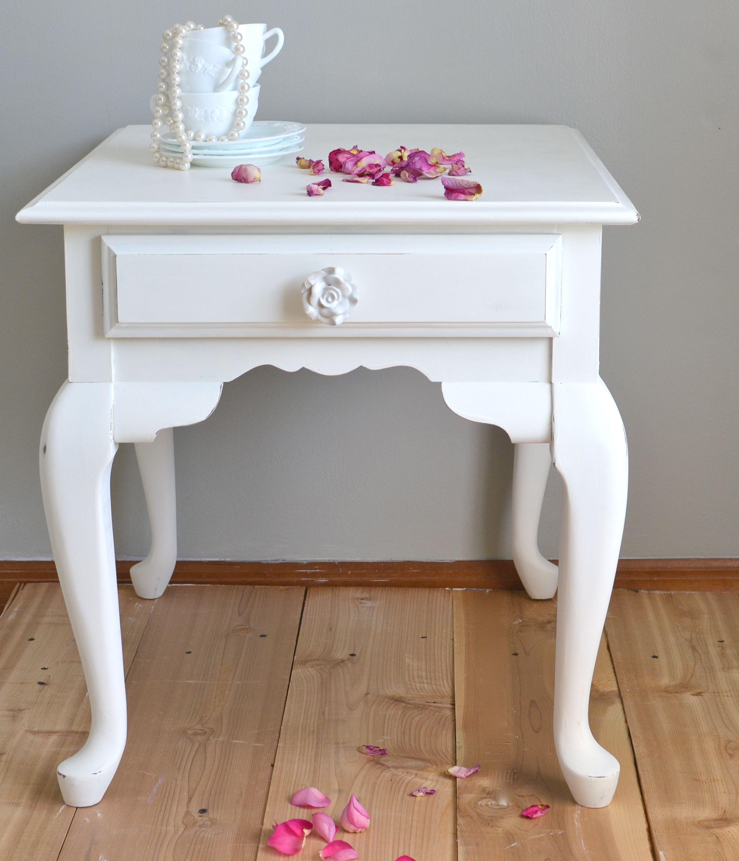 Shabby Chic Side Table | decor. | Pinterest | Shabby ...