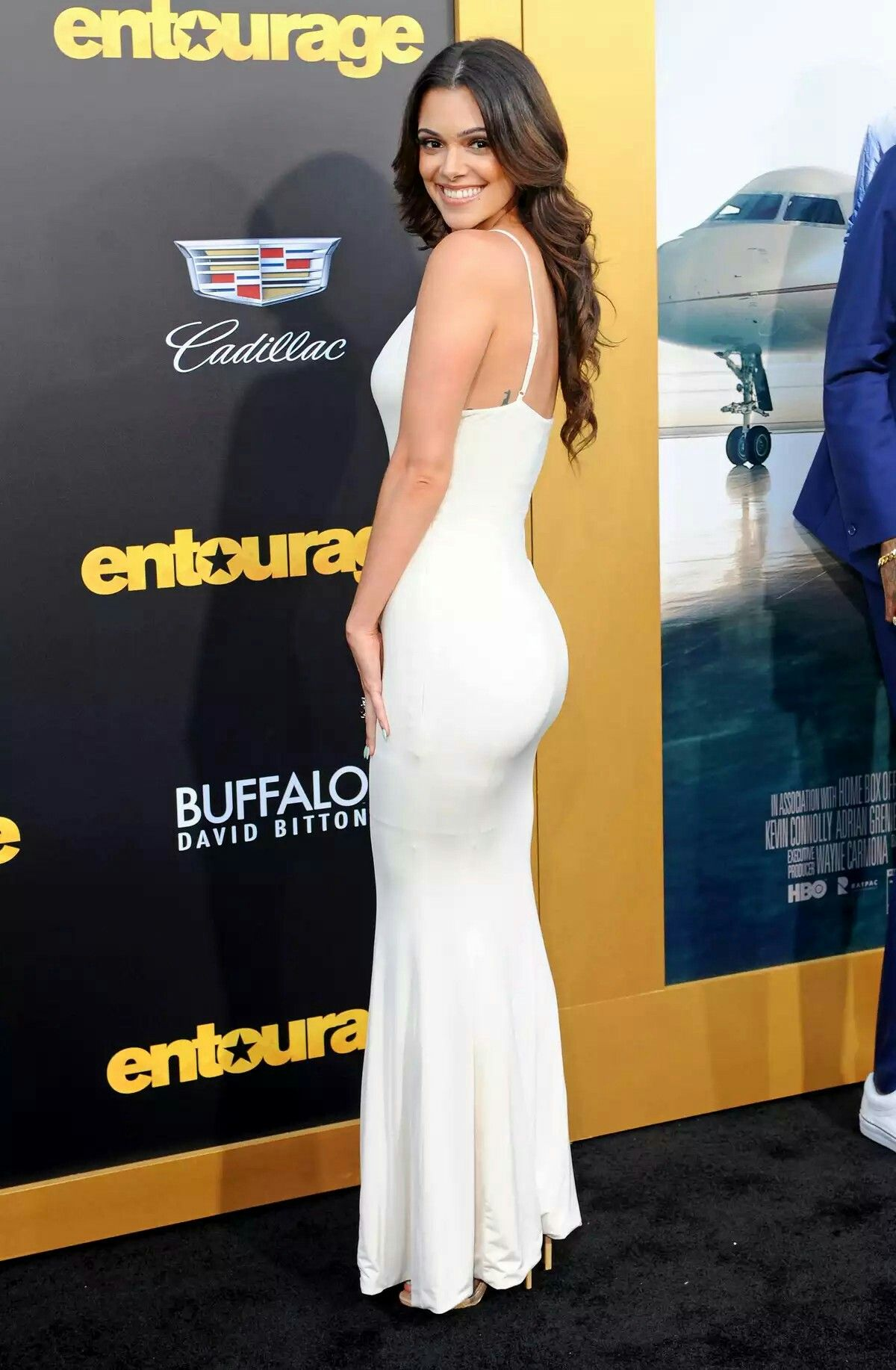 Pin By Mark Hayes On Quantico Anabelle Acosta Actresses