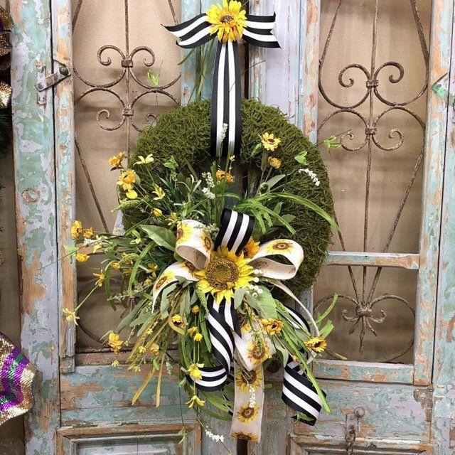 Photo of Summer wreath, sunflower wreaths, everyday wreath