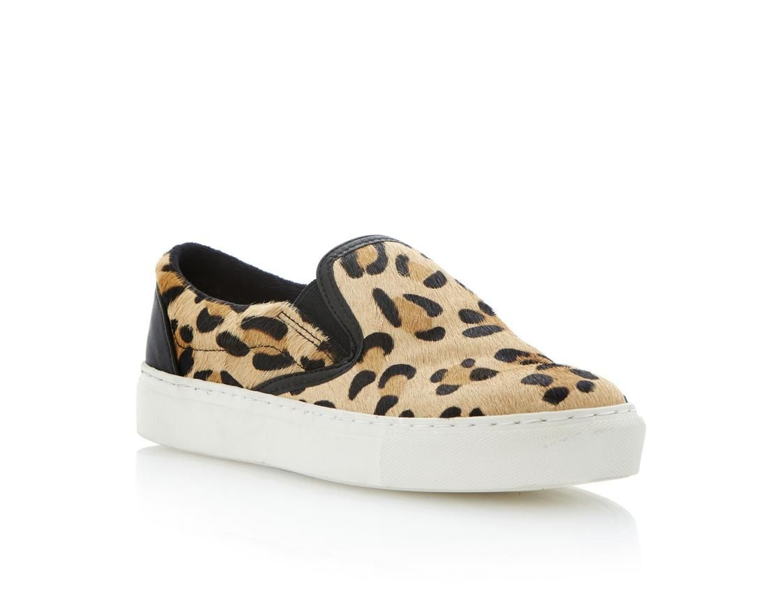 Slip on shoes, Flat shoes