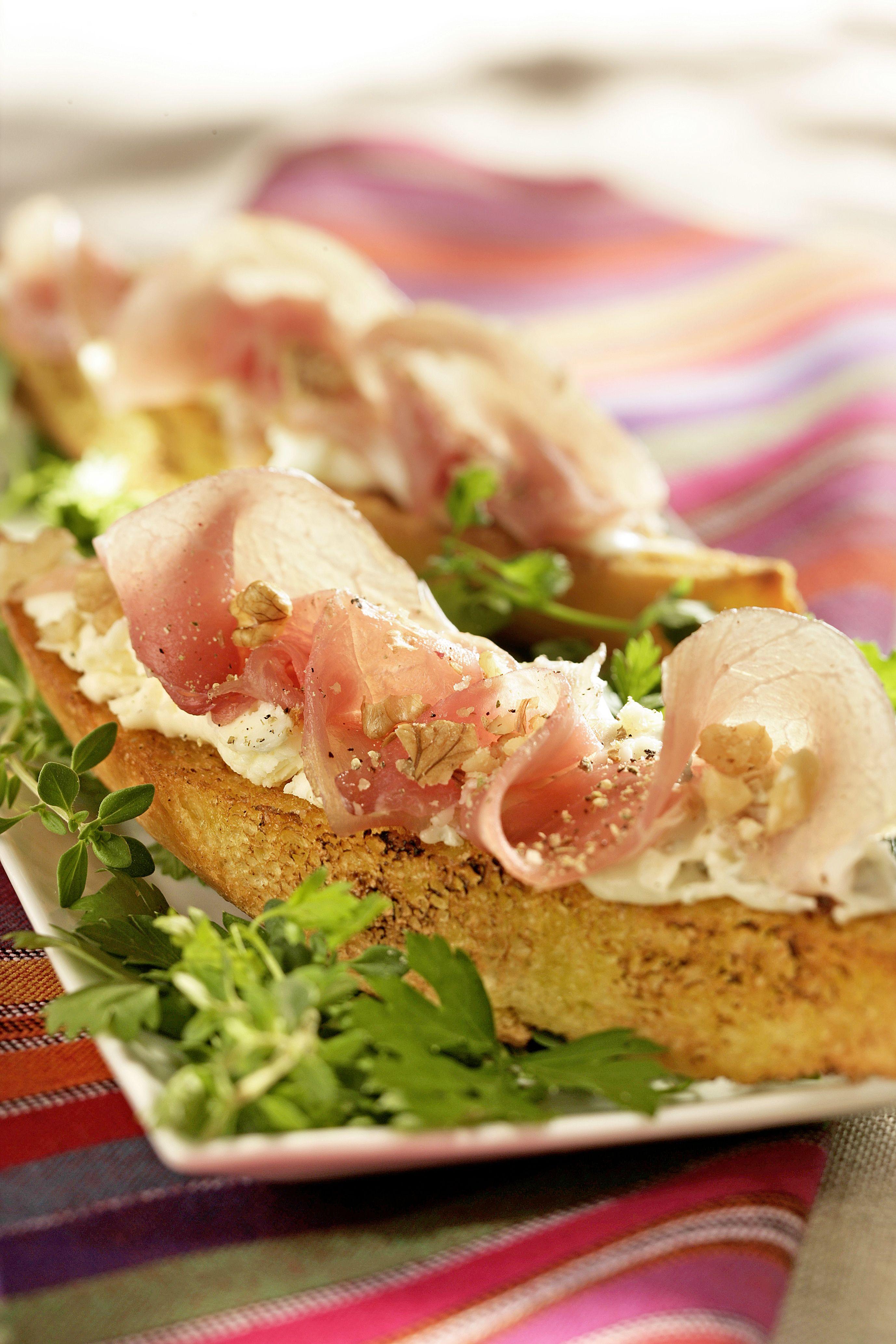 crostini au mascarpone et au jambon de parme cooklook photo recette cuisine et photographies recettes cuisine gourmande