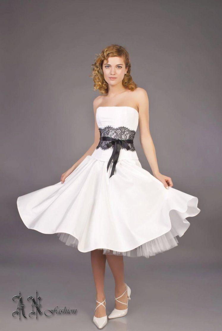 15 Beautiful Corset Wedding Dresses With Sleeves Ideas Best Inspiration Short Wedding Dress Beach Wedding Gown A Line Wedding Dress [ 1116 x 747 Pixel ]