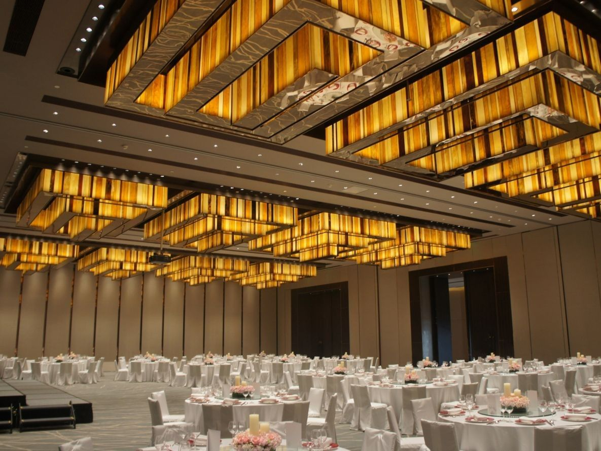 Conrad beijing google search id ballroom pre for Banquet hall ceiling designs