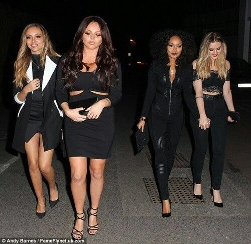 They all look so beautiful...*cough* perrie and leigh anne holding hands awww