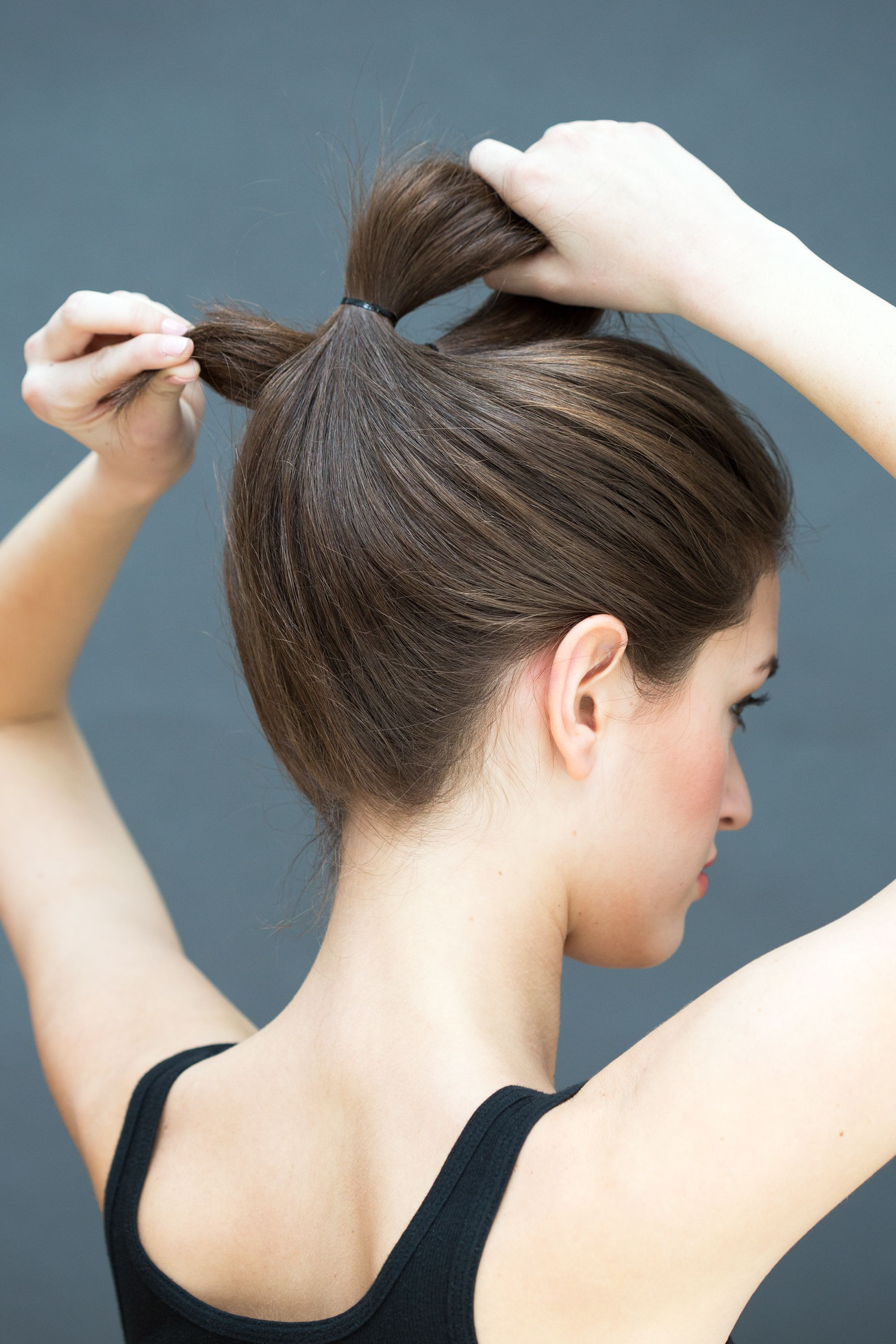 10 Hairstyles You Can Do In Literally 10 Seconds Delight Beauty