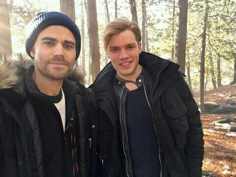 Paul Wesley and Dom Sherwood Shadowhunters bts 2x16