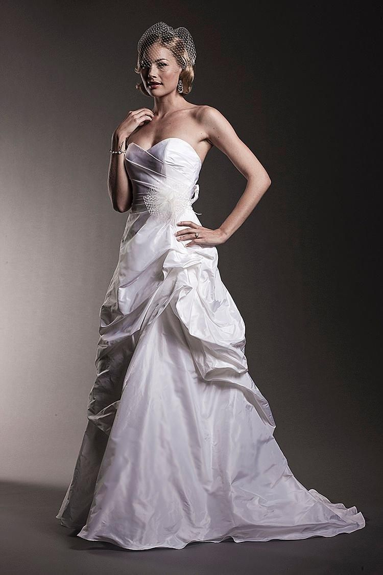 Wholesale A-Line Wedding Dresses - Buy Romatic 2015 Amy Kuschel Vintage Taffeta Strapless A-Line Wedding Dresses Backless Floor Length Court Train Bridal Gowns with Pick-ups, $112.05 | DHgate.com