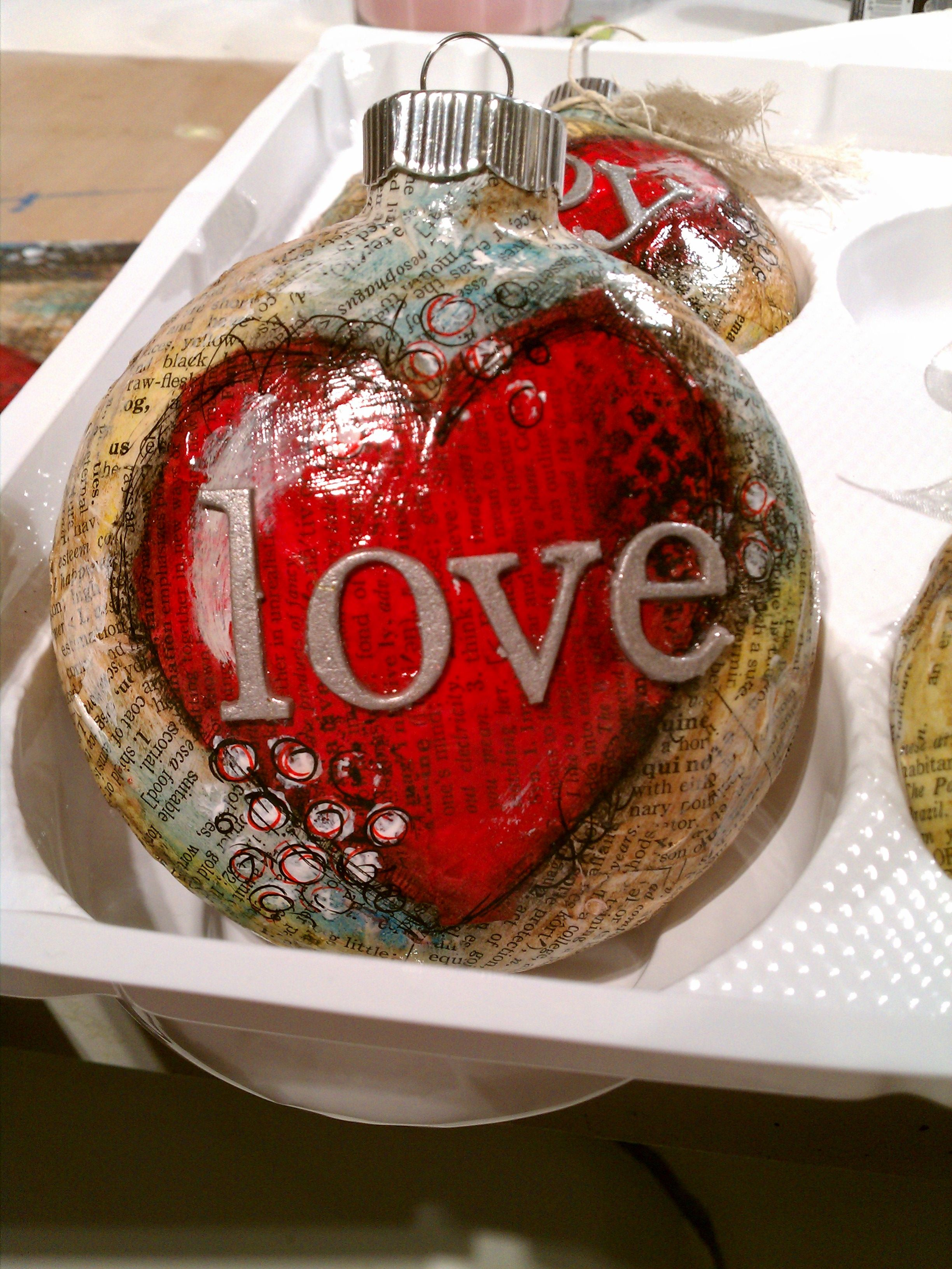 Love Ornament Inspired After Taking Stephanie Ackerman S Class Christmas Wood Crafts Christmas Stall Ideas Diy Christmas Ornaments