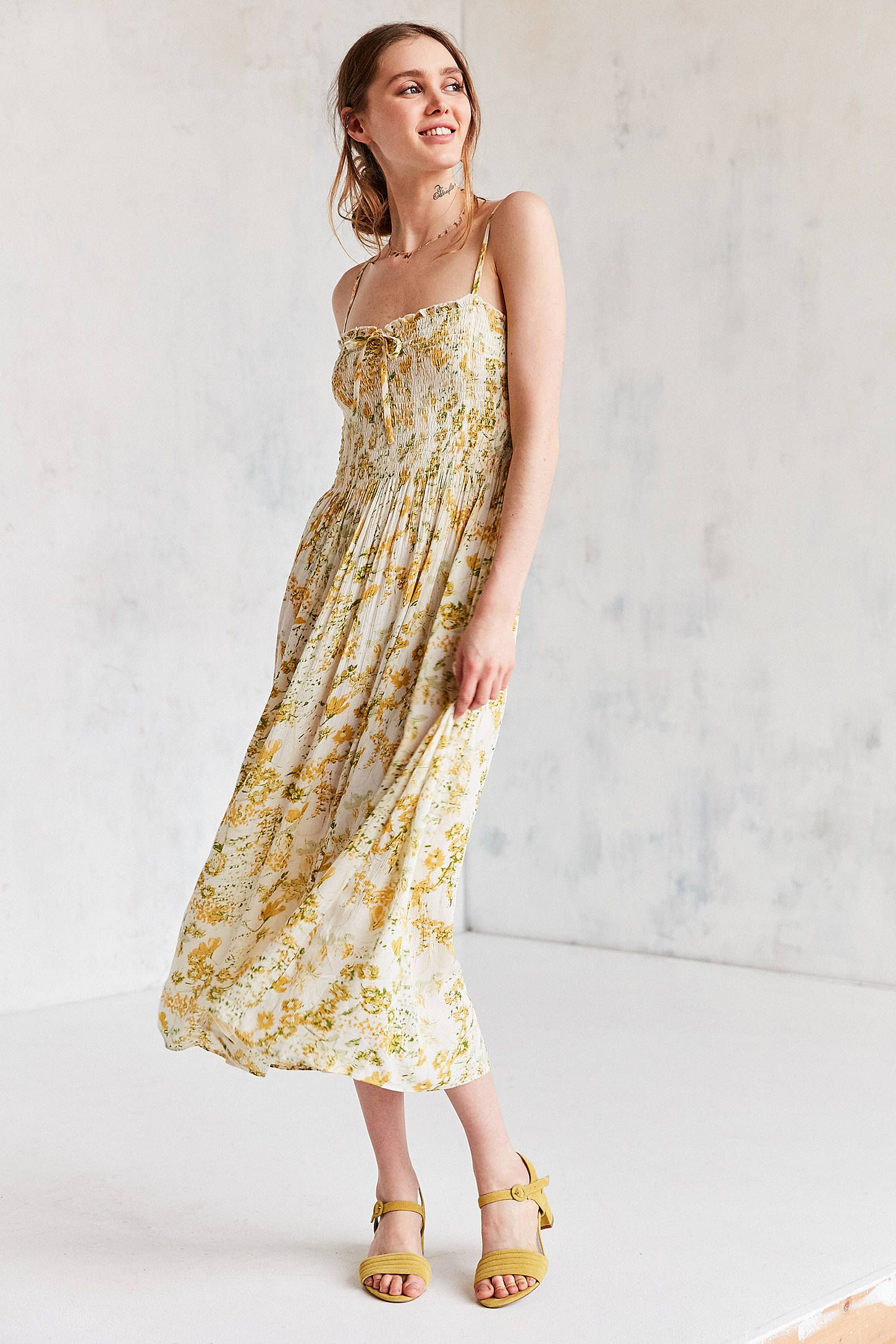 58c7198452015 Urban Outfitters OWM Strappy Printed Midi Dress t