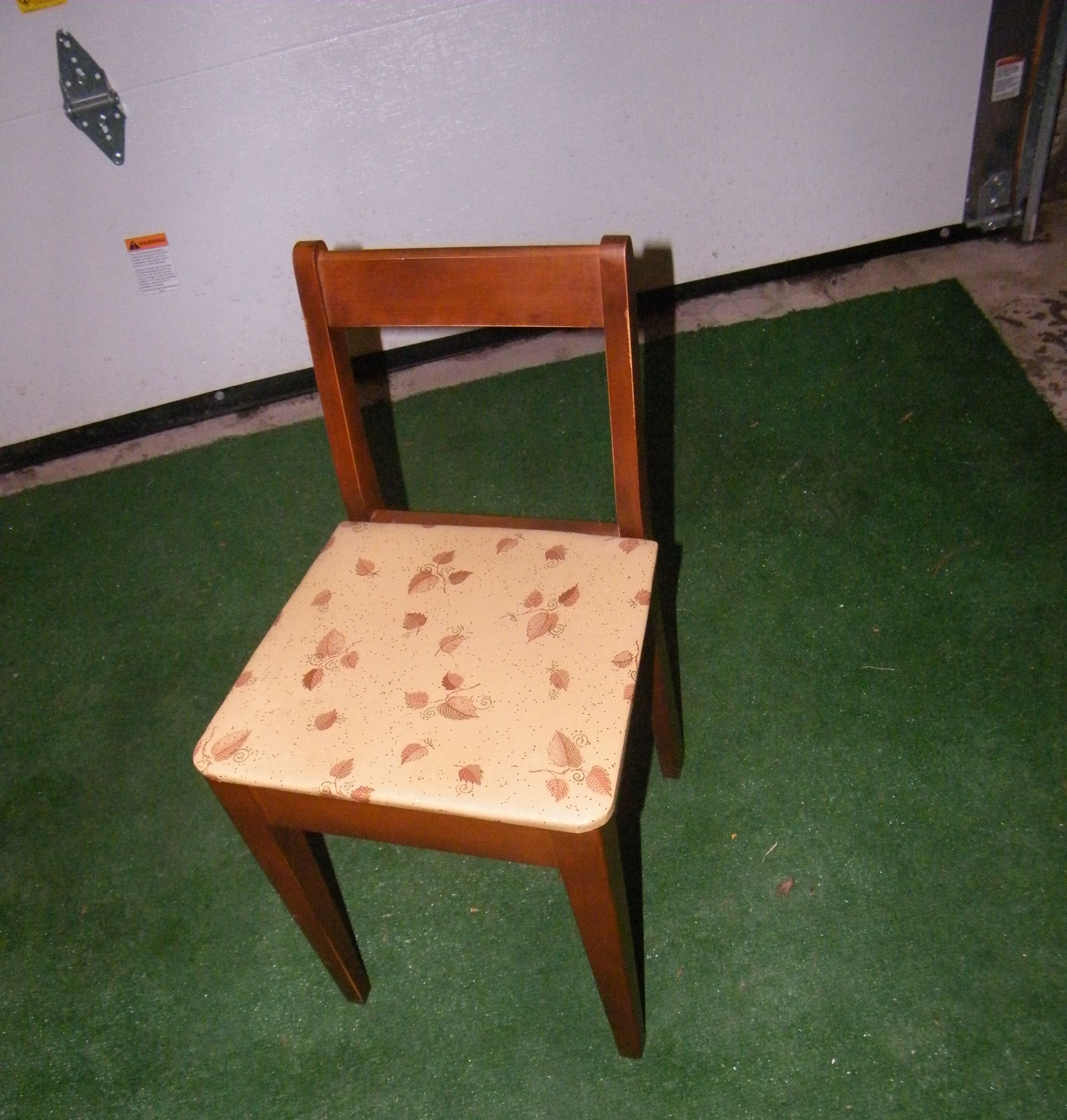 Antique sewing chair before My Projects