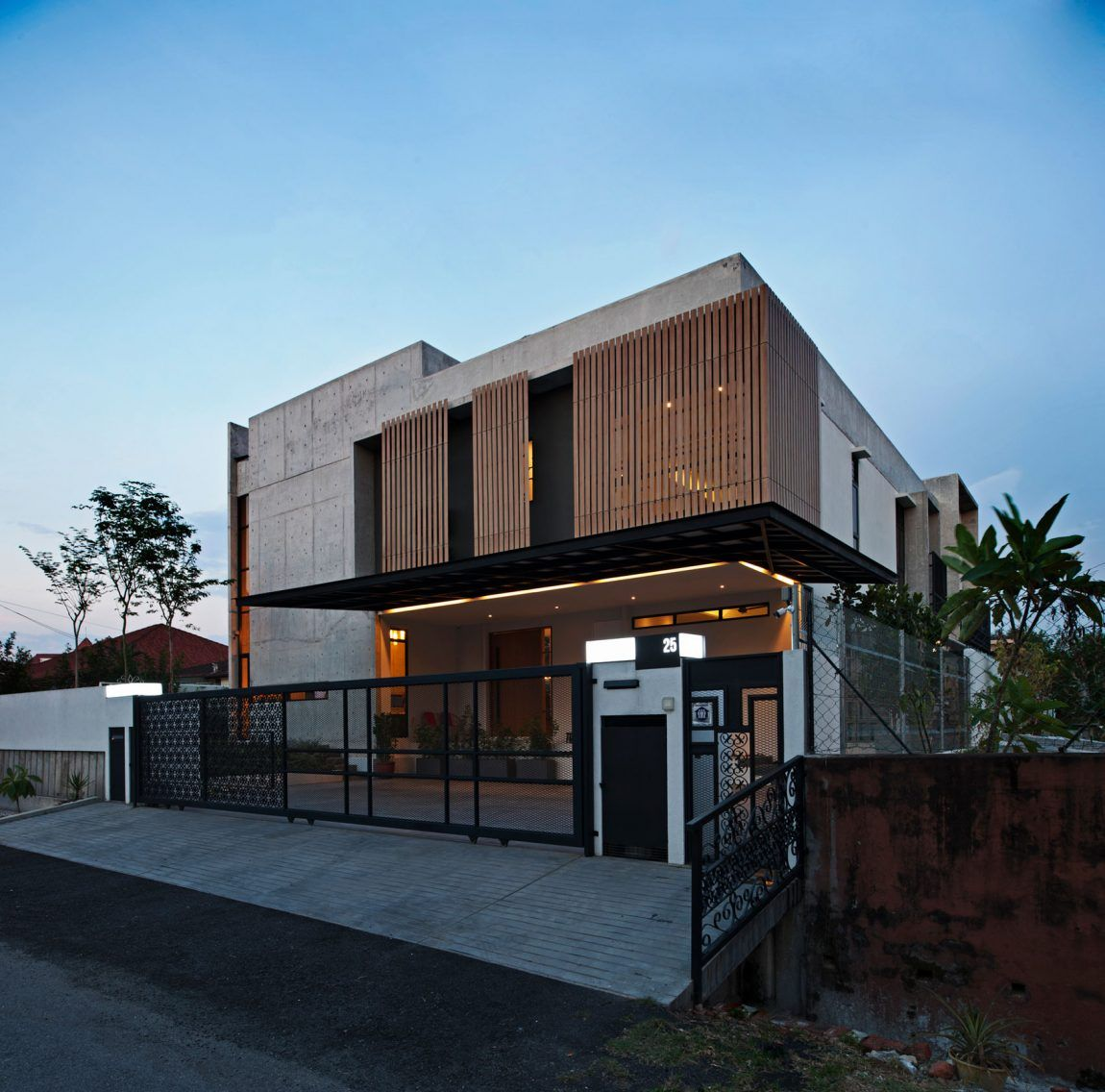 Seshan Design Create a Spacious Contemporary Residence in Malaysia ...