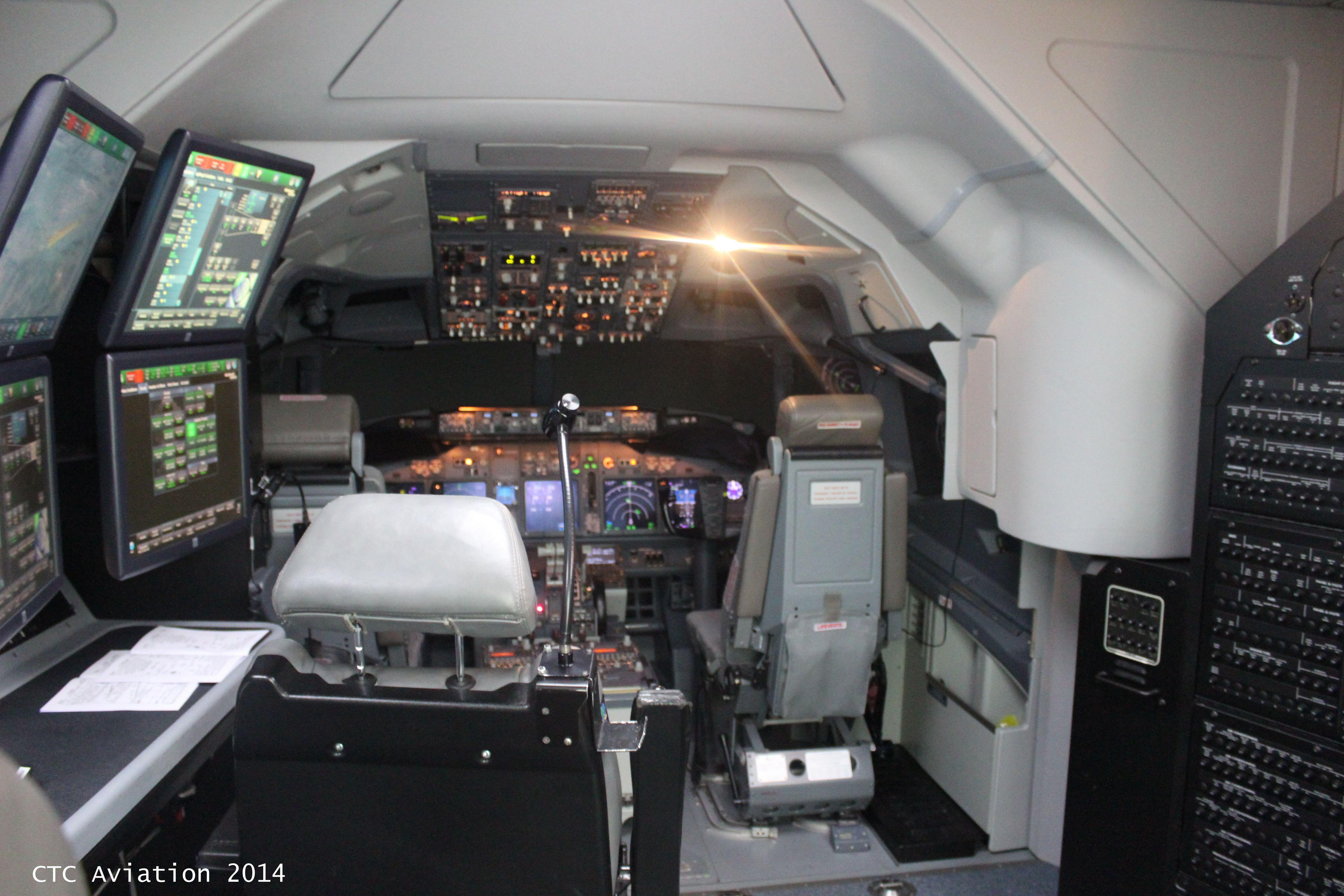 inside the boeing 737800 full flight simulator instructor. Black Bedroom Furniture Sets. Home Design Ideas
