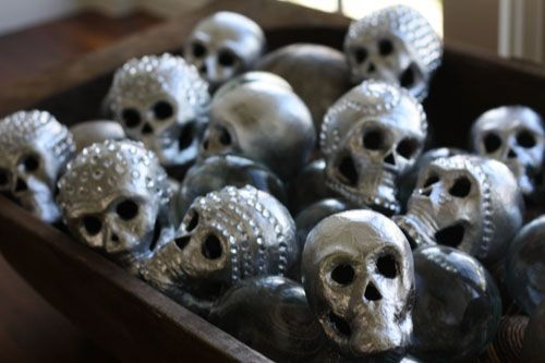 4 Of The Spookiest Halloween Decorations Using Rhinestones And