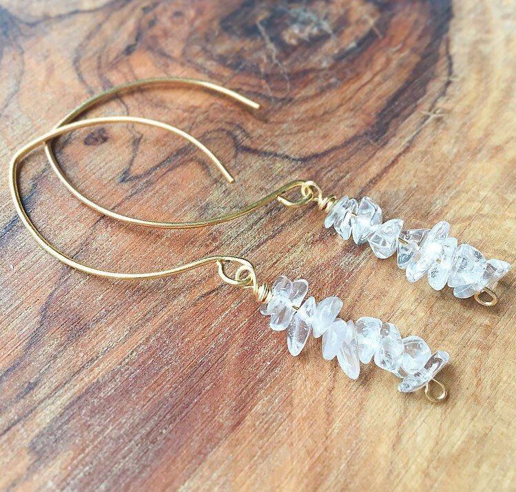 Crystal Quartz Drop Earrings Gold Filled Crystal Stone Threader Earrings Gold Crystal Earrings Dangle Raw Crystal Clear Stone Earrings
