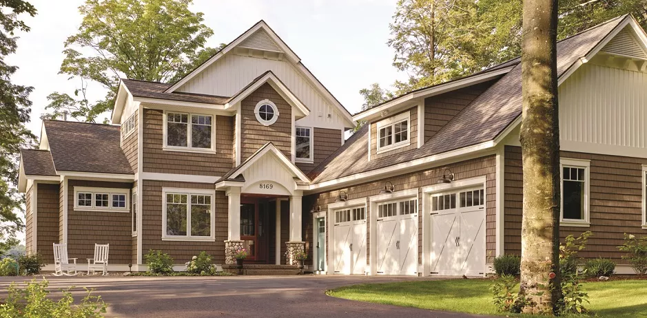 Top Siding Colors For 2020 Contractor Cape Cod Ma Ri In 2020 Siding Colors Best Vinyl Siding Vinyl Siding Colors