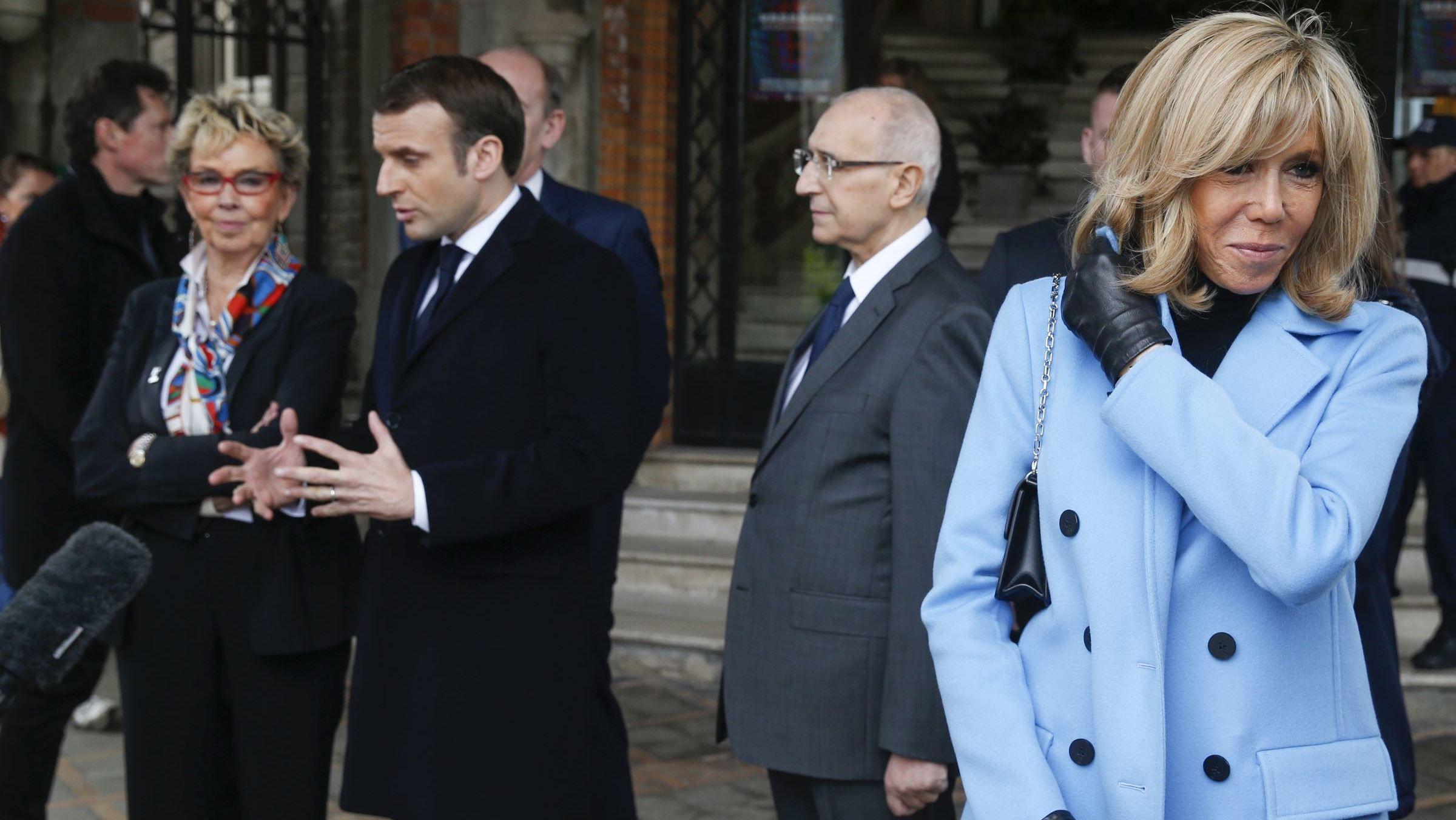 Brigitte Macron quel a été son rôle discret dans le