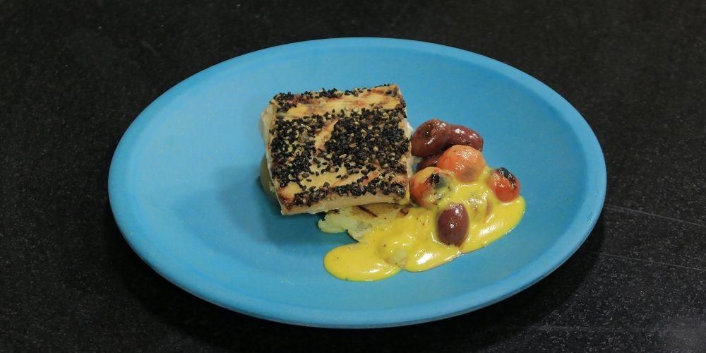 سمك مشوى مع صوص هولنديز Food Seafood Breakfast