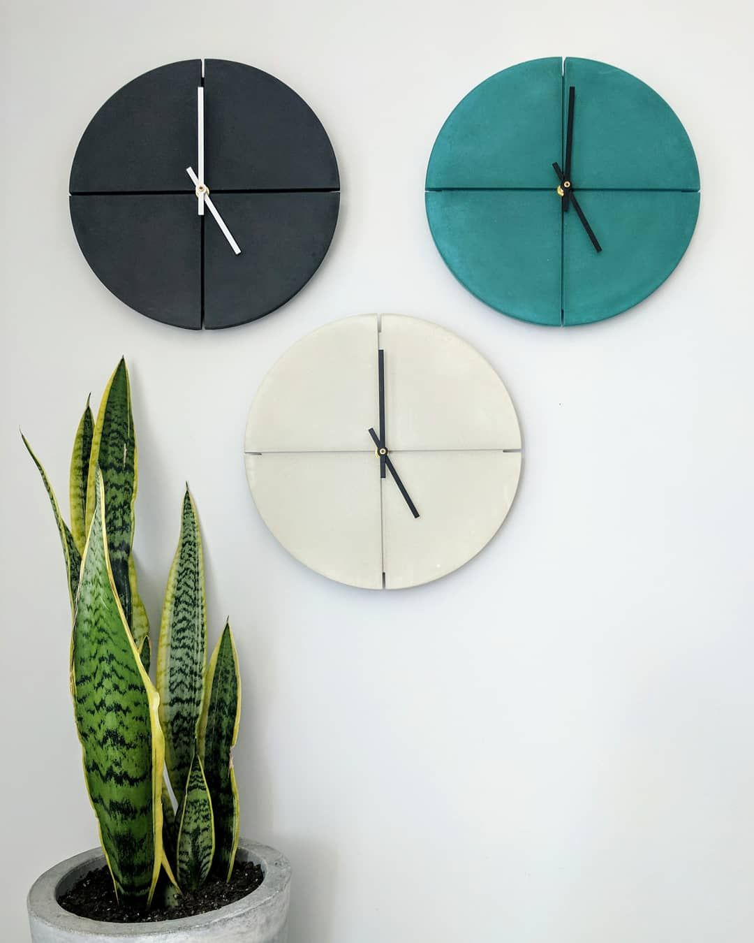 Modern Wall Clock 11 Concrete Clock Round Industrial Etsy In 2020 Clock Wall Decor Wall Clock Wall Clock Modern