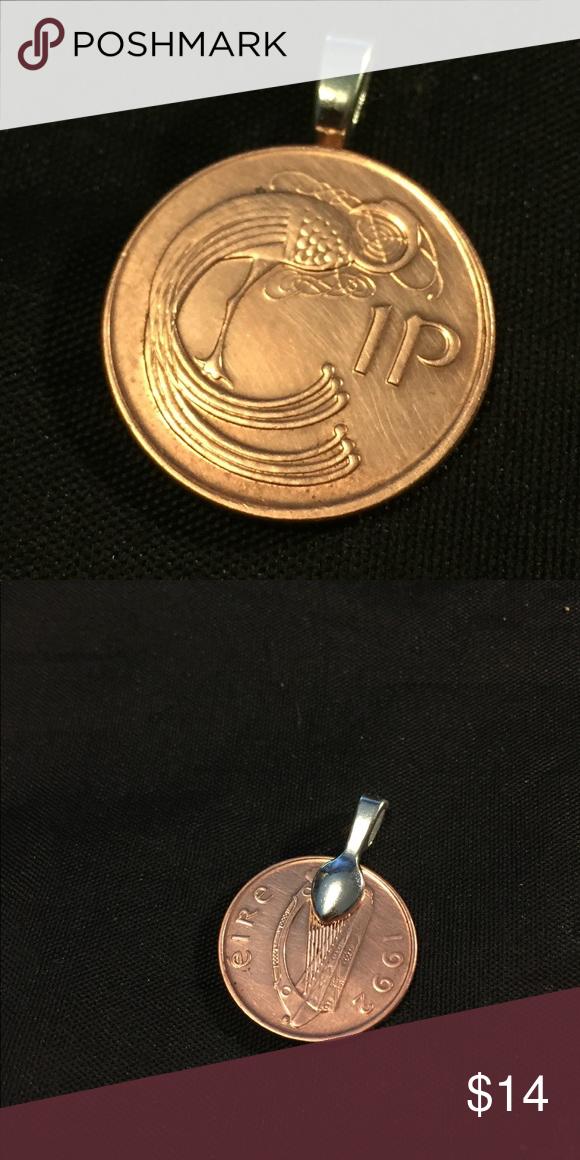 Coin pendant Irish 1999s 1 pidgin coin Beautiful vintage