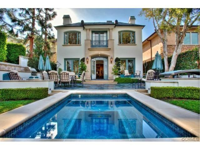 5 Bedrooms 6 Bathrooms 6 Car Garage W Pool California Real Estate Newport Beach House Styles