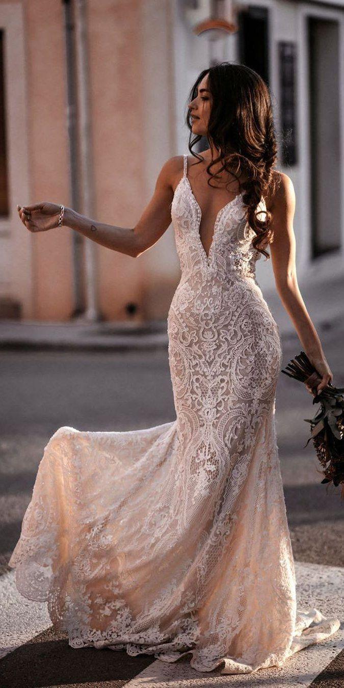 wedding dress dentelle