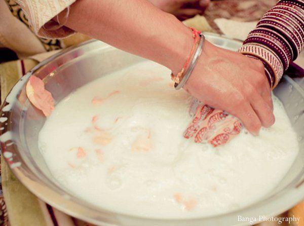 indian wedding traditions doli http://maharaniweddings.com/gallery/photo/11975