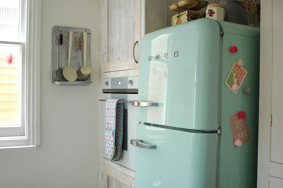 Smeg Kühlschrank Pastel : Smeg fridge fab30 refrigerator freezer pastel green