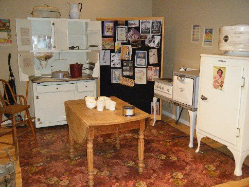1930's kitchen and appliances   Old Florida Cracker Houses ...