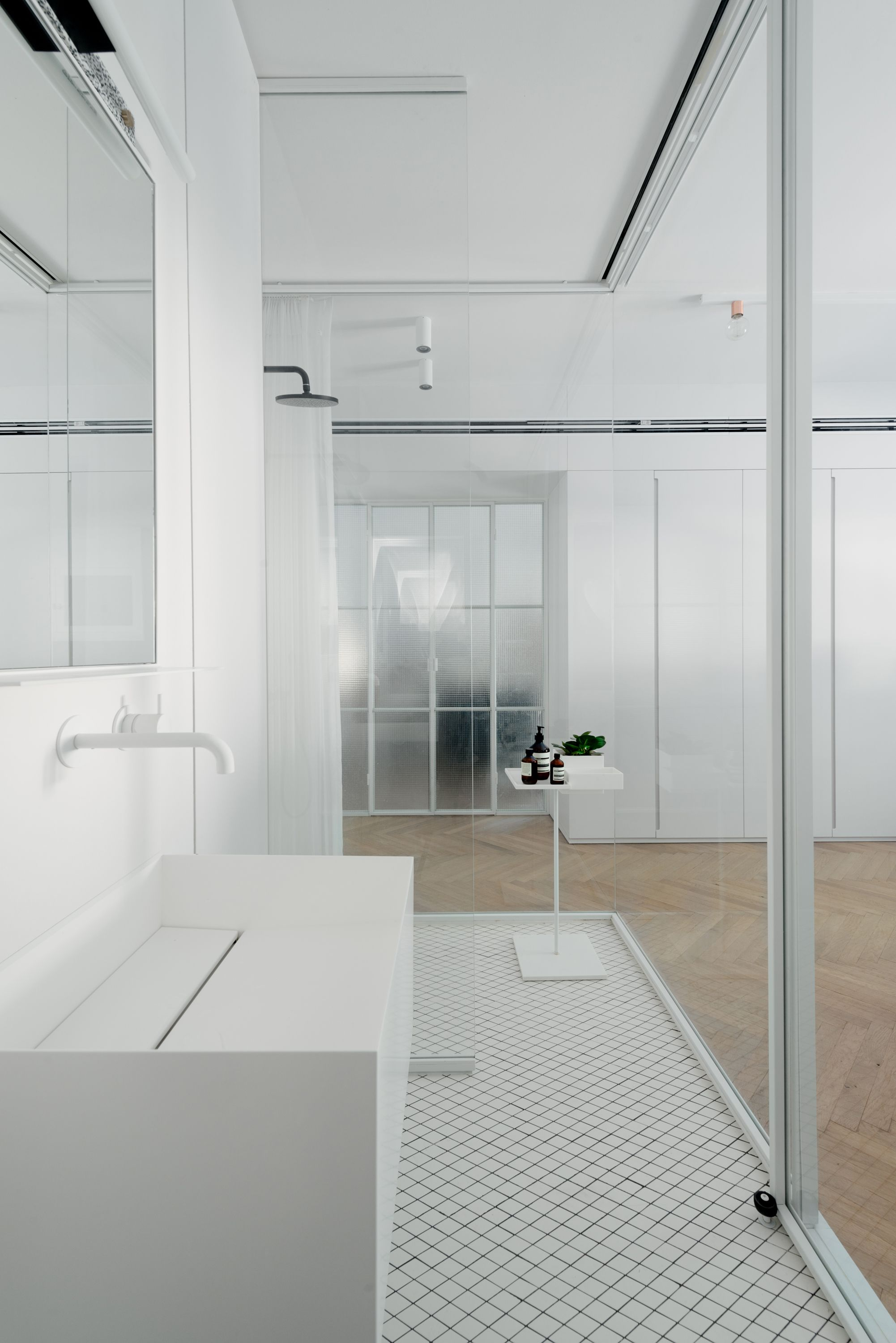 A renovated apartment in a 1930\'s bauhaus restored building; Tel ...