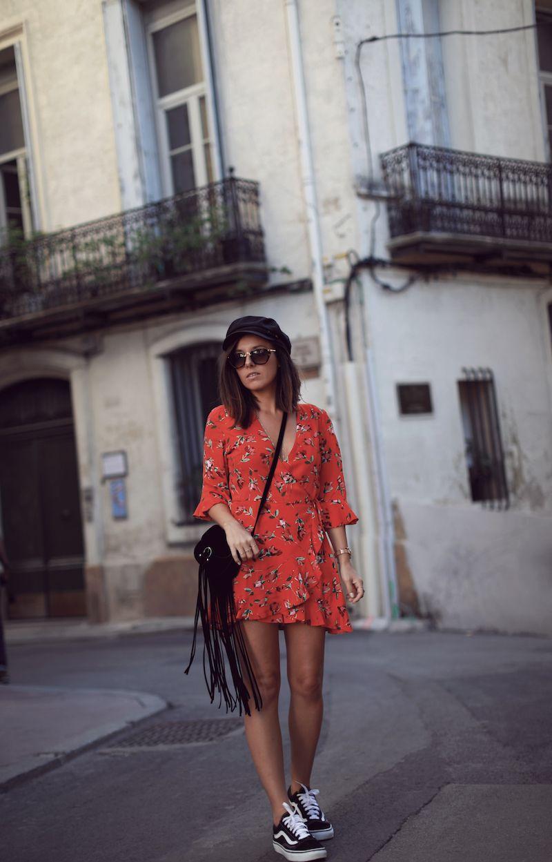 robe vans rouge