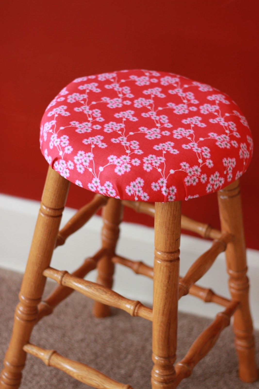 Lauren Conrad S Diy How To Add Padding And Cover A Stool Bar