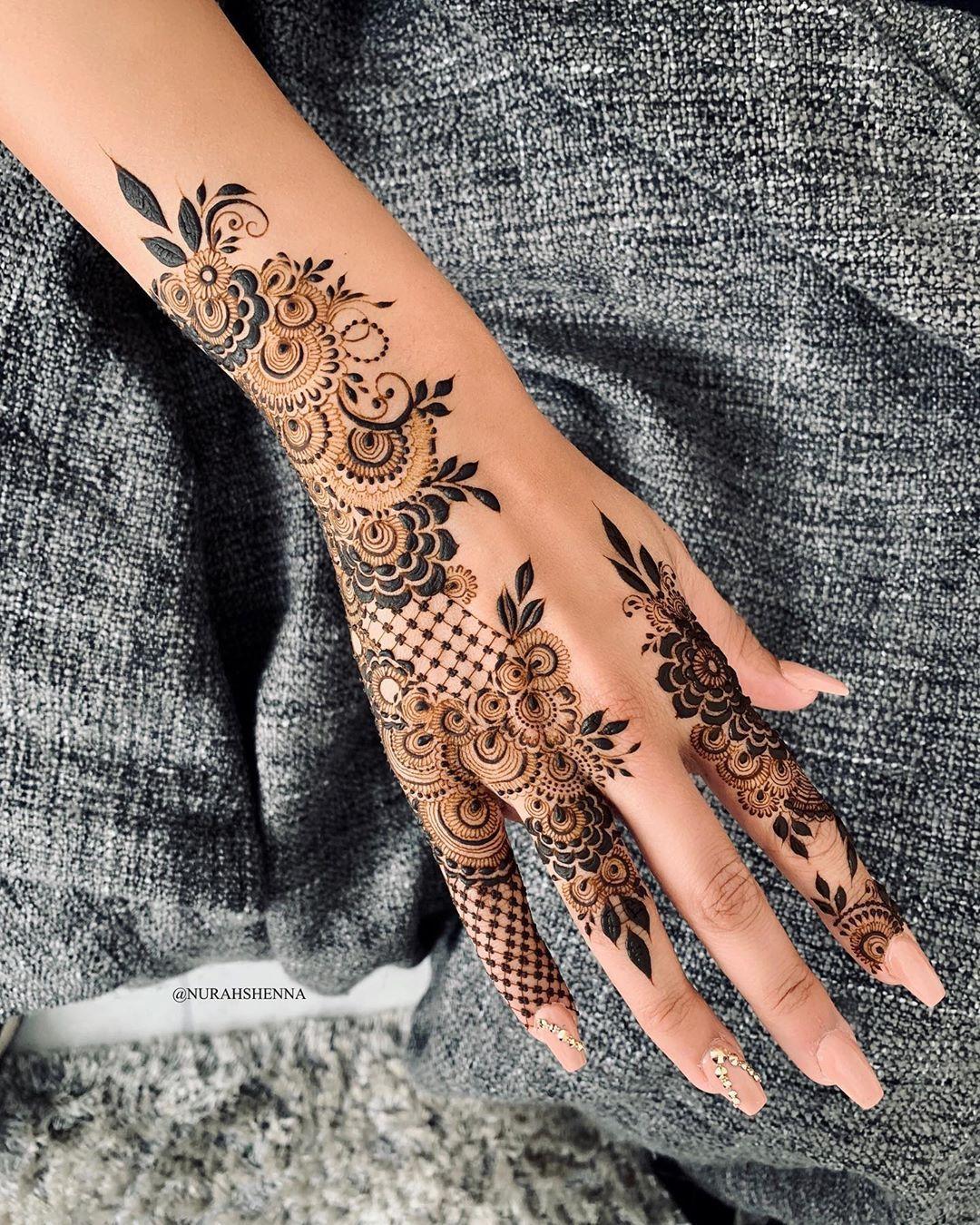 Arabian Henna حنا On Instagram In 2020 Henna Designs Floral Henna Designs Stylish Mehndi Designs