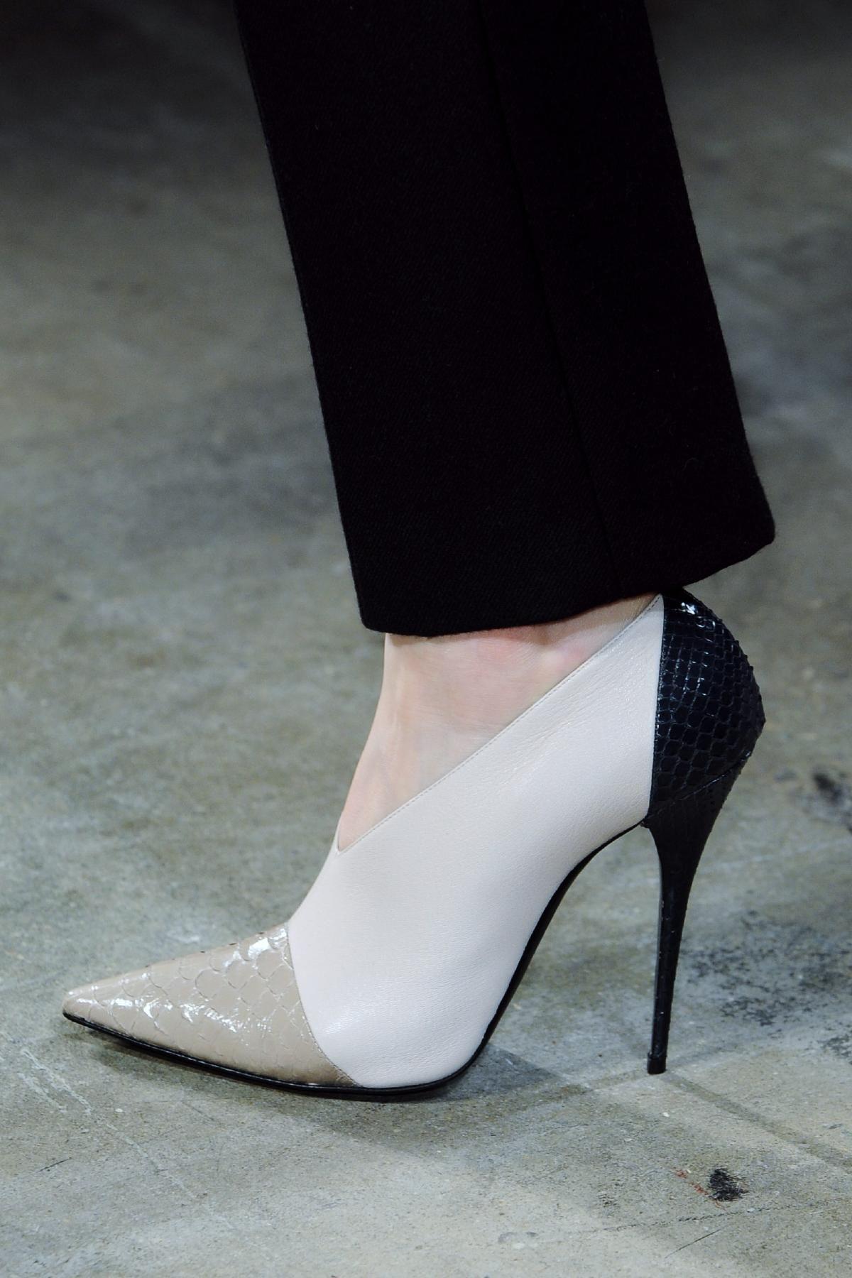 Scarpe Sposa Stuart Weitzman 2013.Narciso Rodriguez Fall 2013 Rtw Fashion Show In 2020 Heels