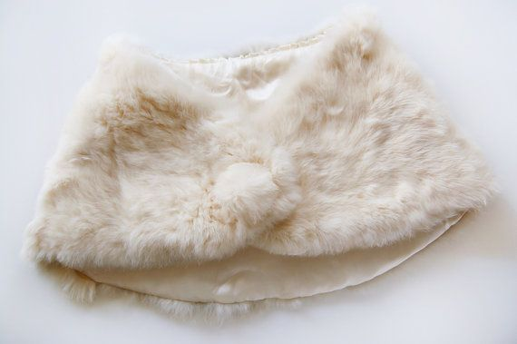 f6eb680a7 Vintage White Rabbit Fur Stole 1950s / Bridal / Cape / Winter / Christmas /  Wedding / Bride / See more at DuncanAndCo on etsy.