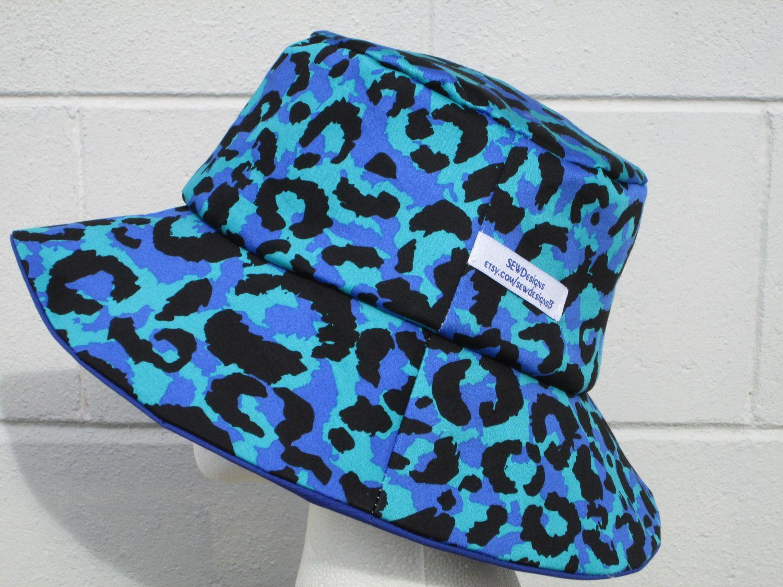 Men/'s Reversible Bucket Hat with Palm Tree Design