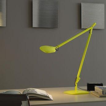 Lampe De Bureau Volee Led Jaune Fluorescent H64cm Fontana Arte Normal Lampe De Bureau Lampes Jaunes Lampes De Table