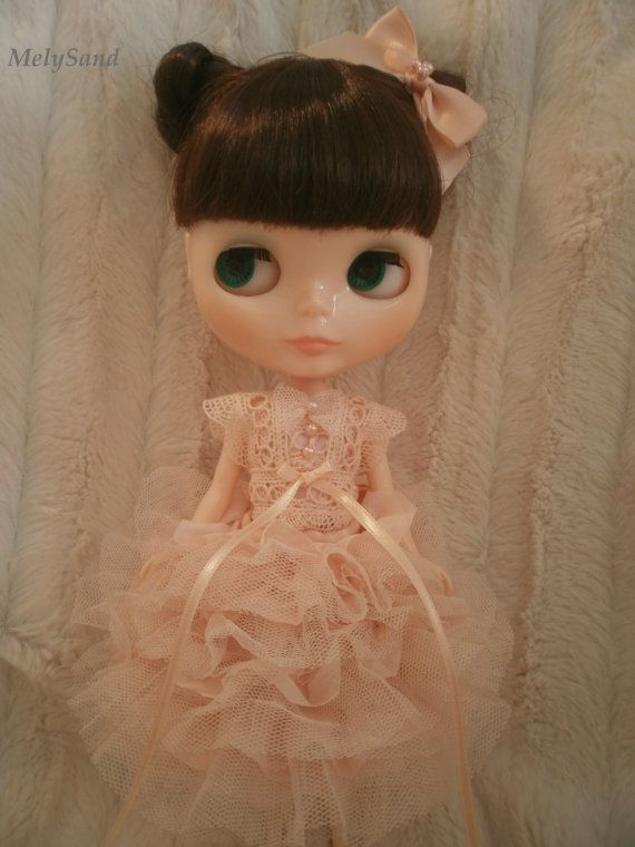 Blythe loves ruffles and cutie top knots