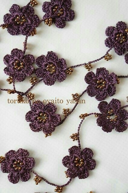 Pin von Majida Msharafieh auf Bags & Necklace Crochet | Pinterest ...