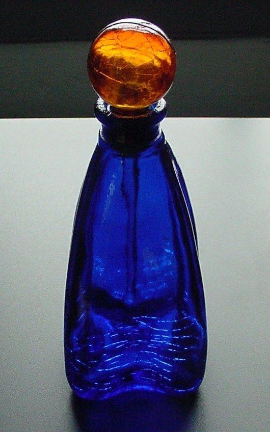marbled glass perfume bottles | ... Cobalt Blue Glass Shaped Perfume Bottle w Amber Marble Stopper | eBay