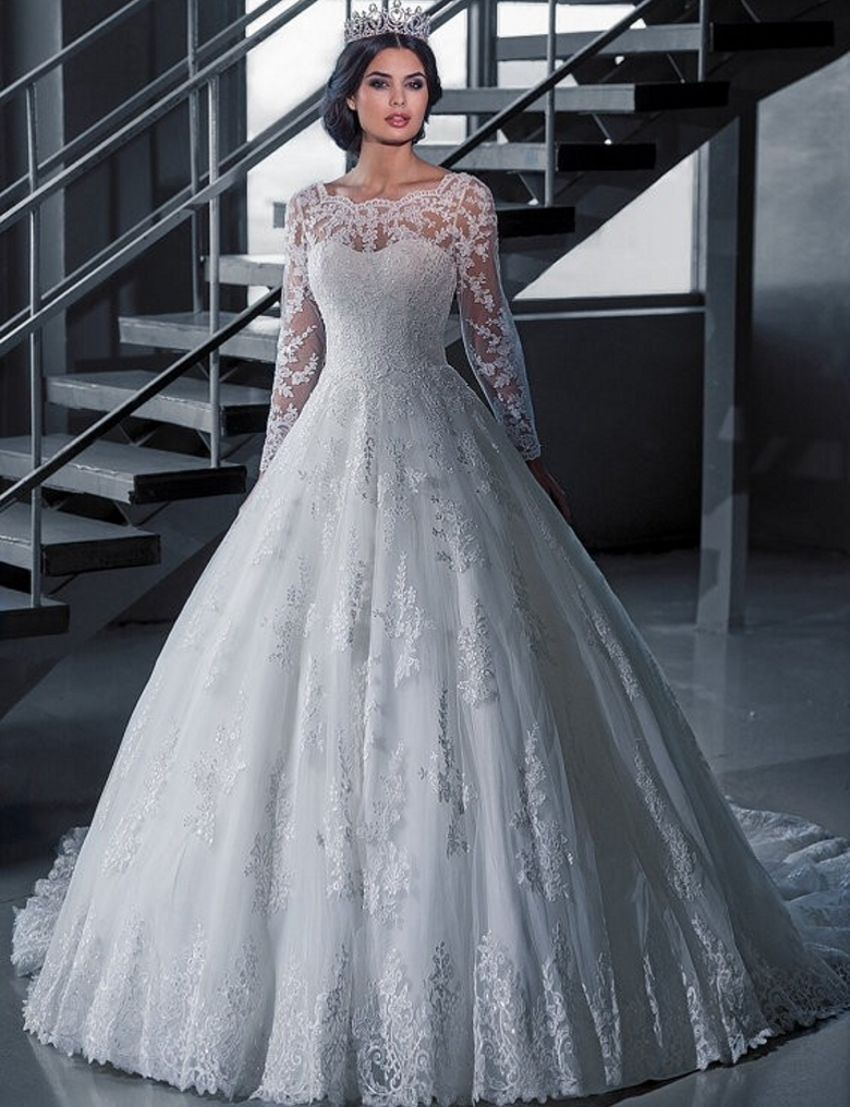 Click to buy ucuc vintage bridal ball gown long sleeve lace wedding