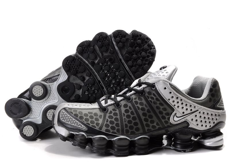 Mens Nike Shox TL3 Running Shoes Black White. I want!  aa0df2bcd