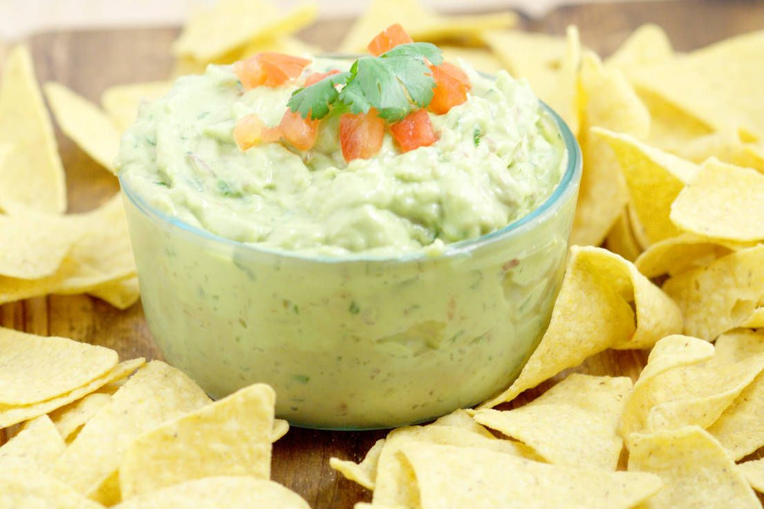 Creamy Guacamole The Perfect Dip Recipe For Chips Easy Guacamole With Extra Creaminess Gr Easy Guacamole Guacamole Recipe Guacamole Recipe With Sour Cream