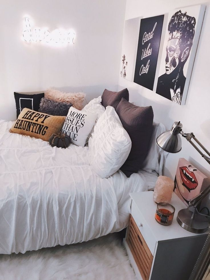 Insta And Pinterest Amymckeown5 Room Fall Bedroom