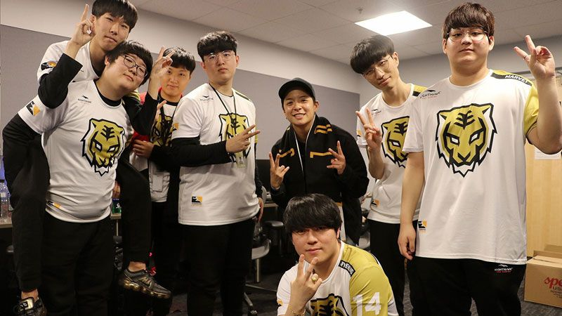 Los Angeles Gladiators Vs Seoul Dynasty Overwatch League S2w1d3 Overwatch League Seoul