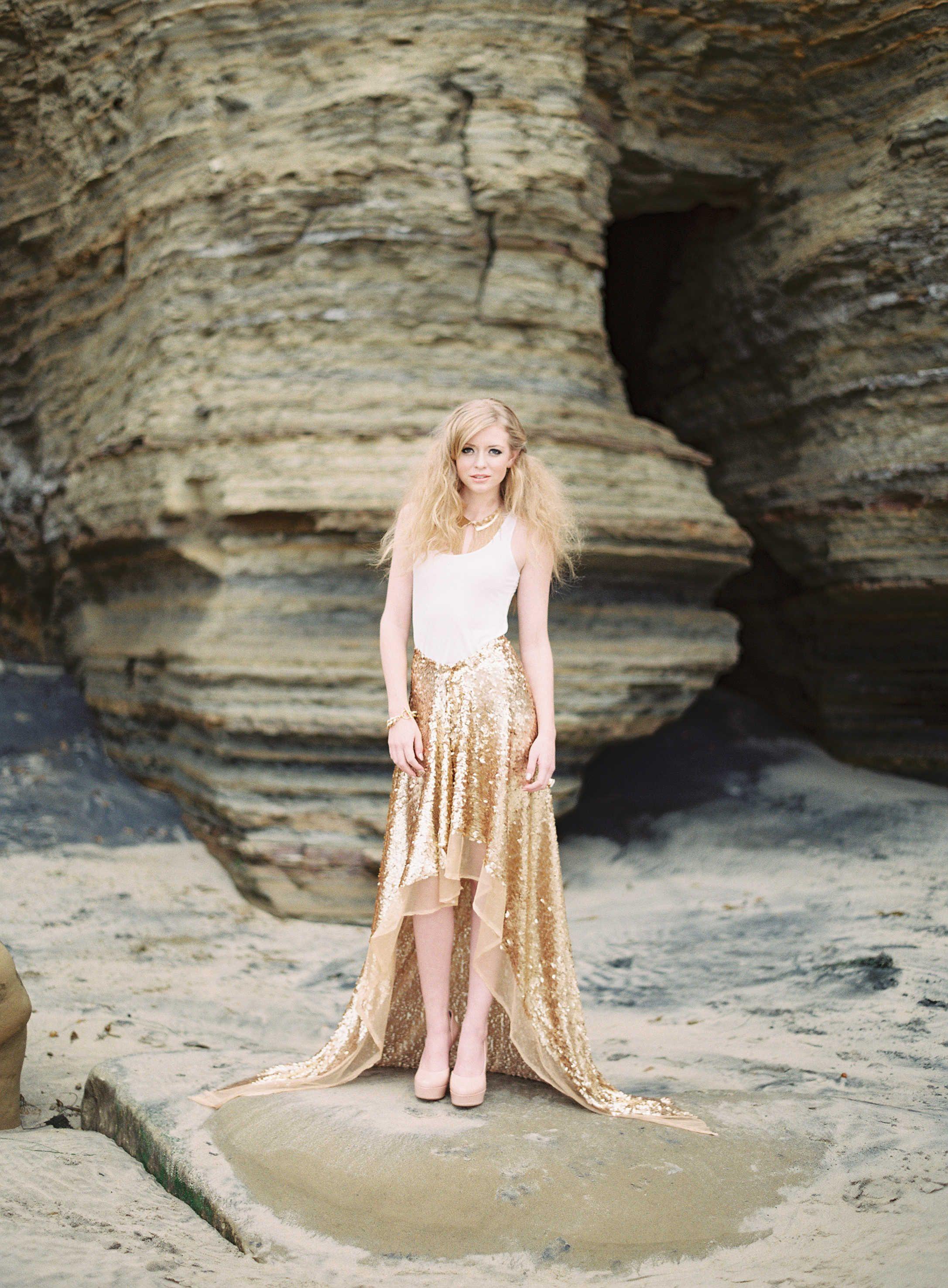 Strandhochzeit in Rosa und Gold ~ Styled Shoot ~ Ashley Kelem Photography | www.brautsalat.de