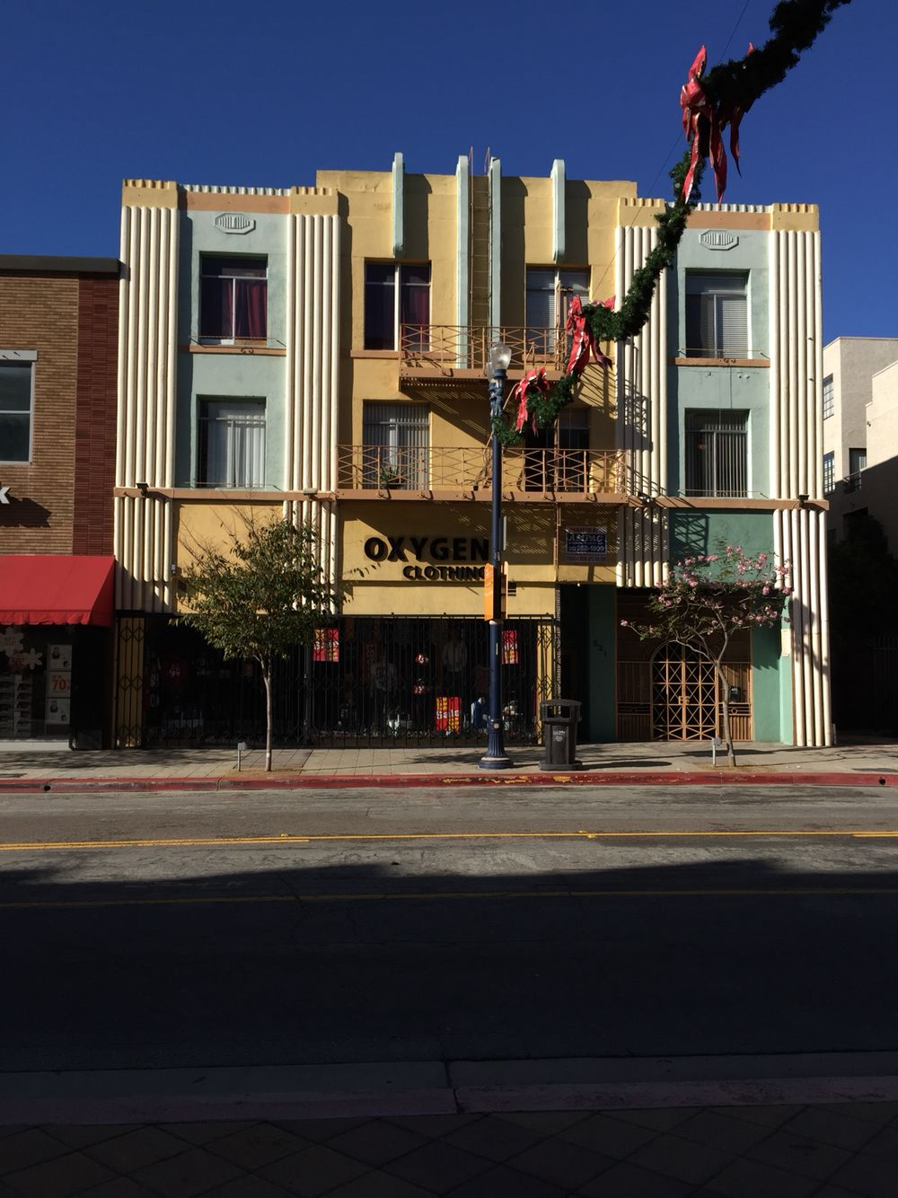 Art Deco apartment complex, Downtown Long Beach | Downtown ...