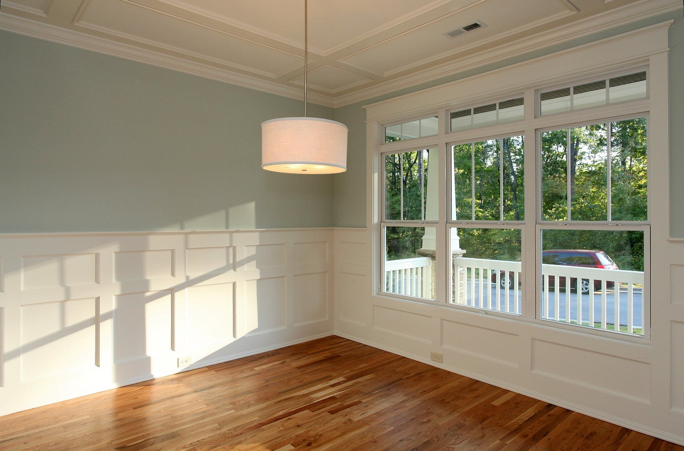 3 1 Window Pane Sequence The Dining Room In The Franklin Craftman Built By Homes By Dickerson Dining Room Windows Dining Room Wainscoting Craftsman Windows